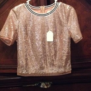 NWT Ringer rose gold sequin tee. boutique